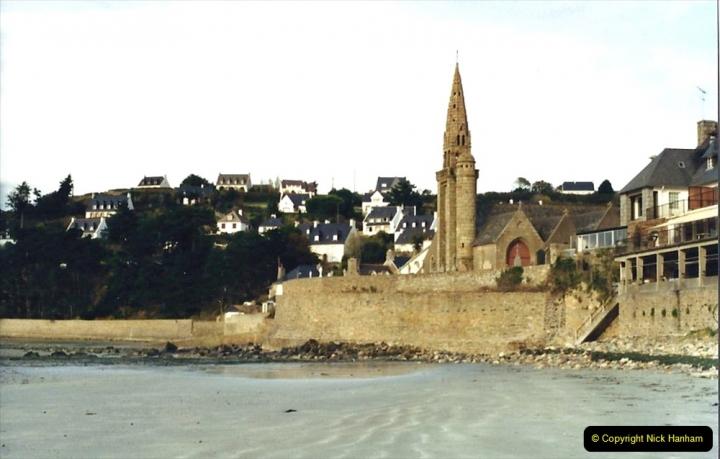 1988 Brittany, France. (5) St.Michel-En-Greve.05
