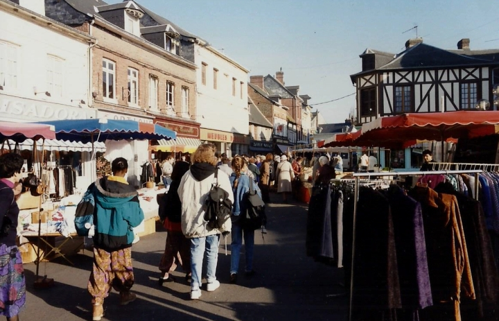 1990 Retrospective France North West and Paris, School Visit. (109) Pauilly. 109