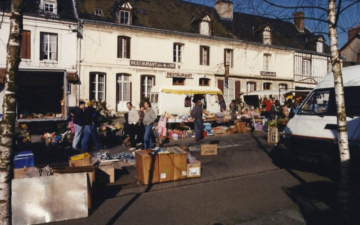 1990 Retrospective France North West and Paris, School Visit. (115) Pauilly. 115