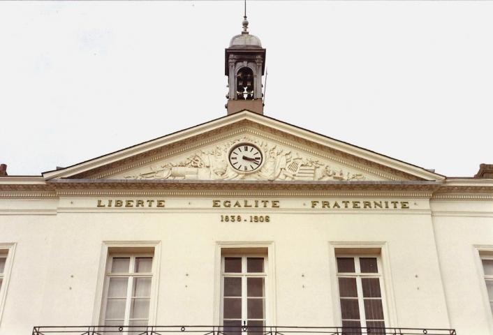 1990 Retrospective France North West and Paris, School Visit. (29) Lillebonne. 029