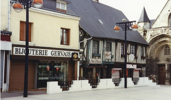 1990 Retrospective France North West and Paris, School Visit. (30) Lillebonne. 030