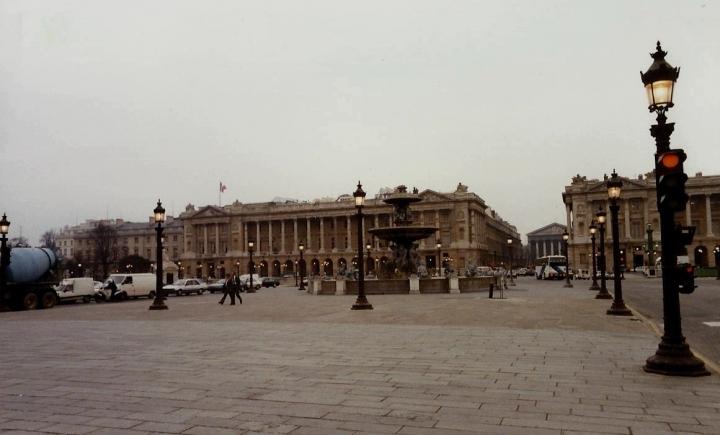 1990 Retrospective France North West and Paris, School Visit. (74) Paris. 074