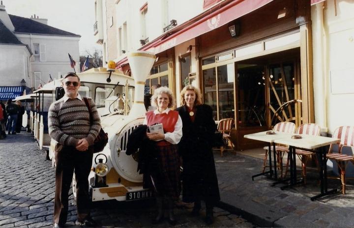 1990 Retrospective France North West and Paris, School Visit. (78) Paris. 078