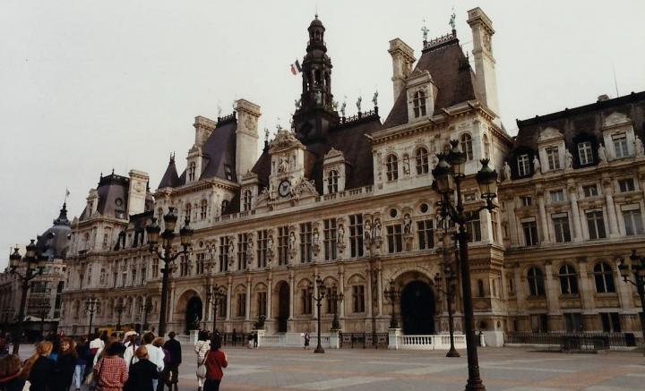 1990 Retrospective France North West and Paris, School Visit. (90) Paris. 090