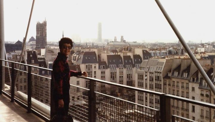 1990 Retrospective France North West and Paris, School Visit. (95) Paris. 095