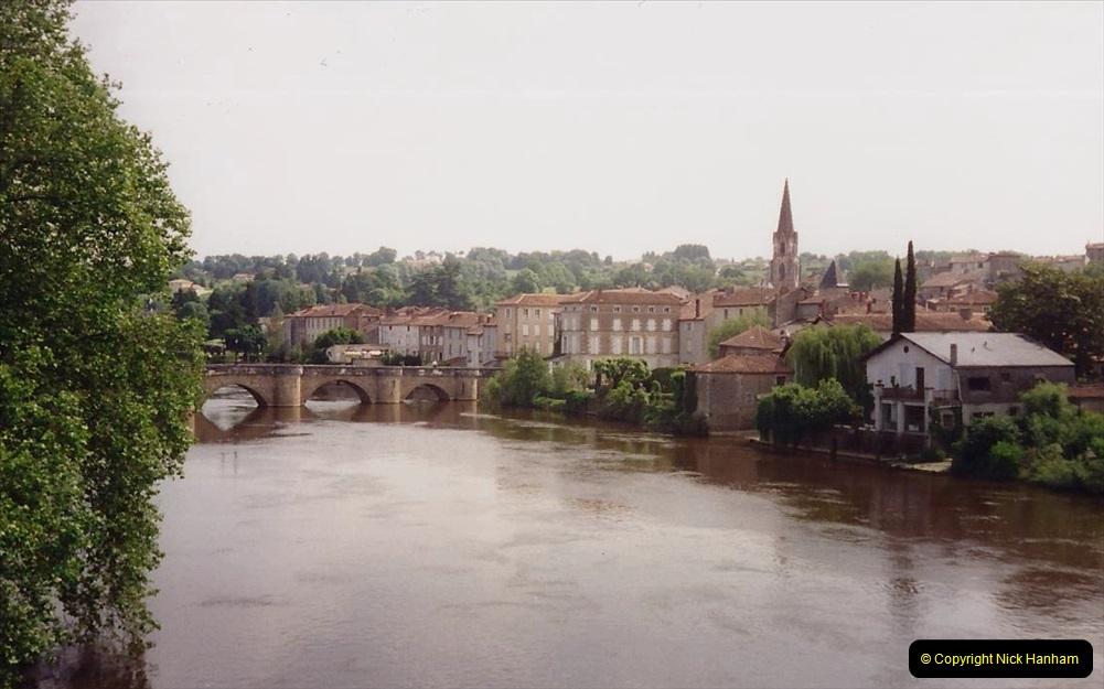 1994 France. (66) Confolens. 066