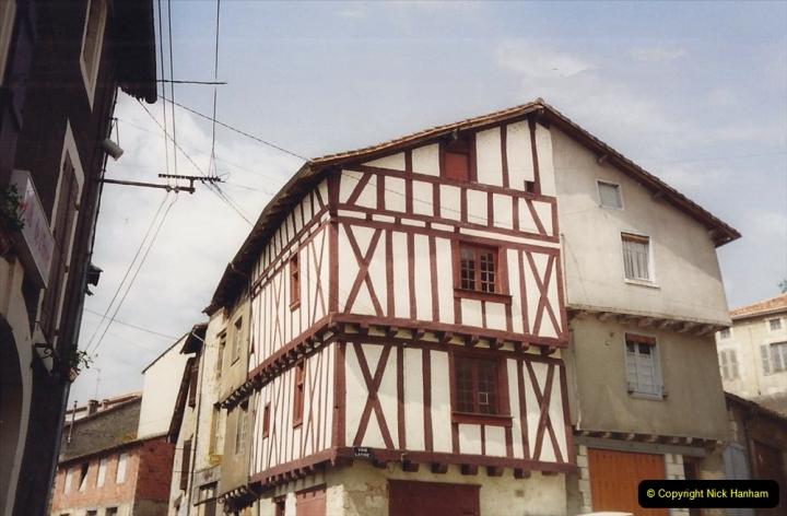 1994 France. (63) Confolens. 063