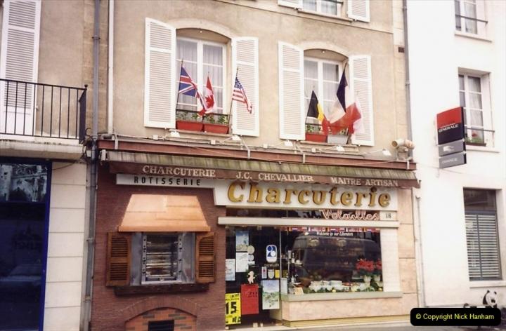 1994 France. (7) Falaise. 007