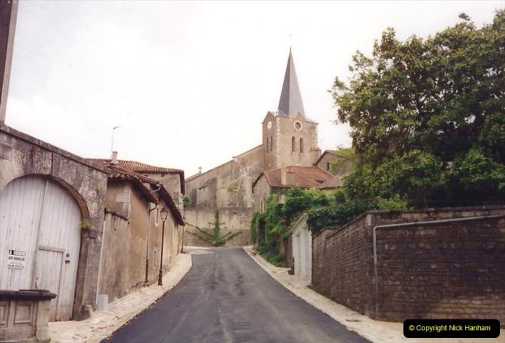 1994 France. (76) Charroux. 076