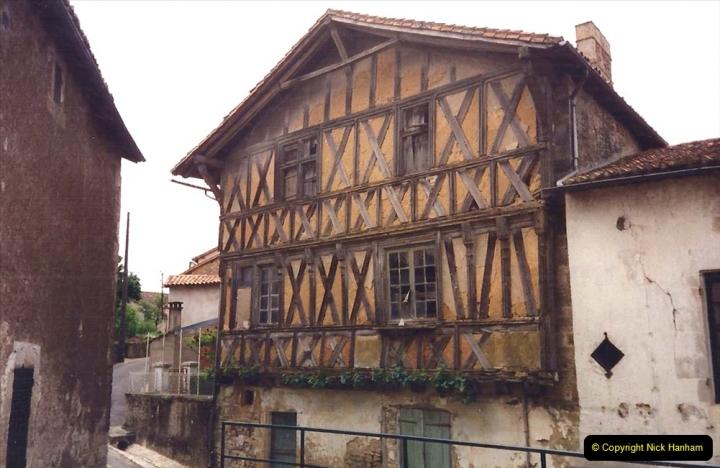1994 France. (77) Charroux. 077