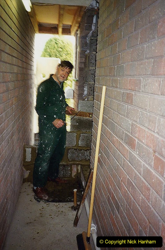 1989 April May June Your Host Building Cloakroom and shower room using alleyway between garage and house. (10)