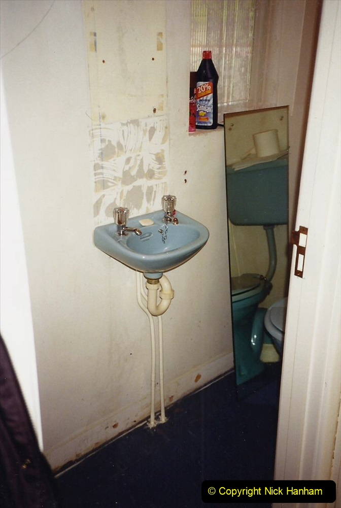1989 April May June Your Host Building Cloakroom and shower room using alleyway between garage and house. (3)
