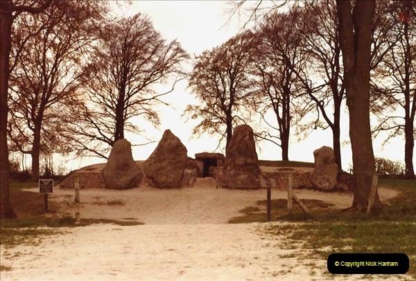 1982 Weylands Smithy. (6) Near Swindon, Wiltshire. 020211020