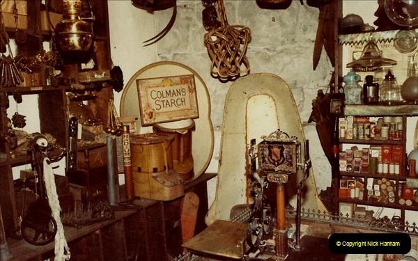 1982 York. (14) Castle Museum. 033225034