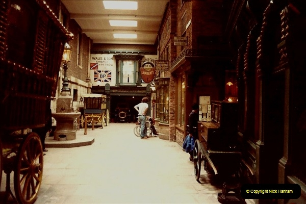 1982 York. (16) Castle Museum. 033227036
