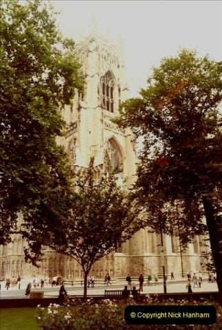 1982 York. (2) York Minster. 021213022