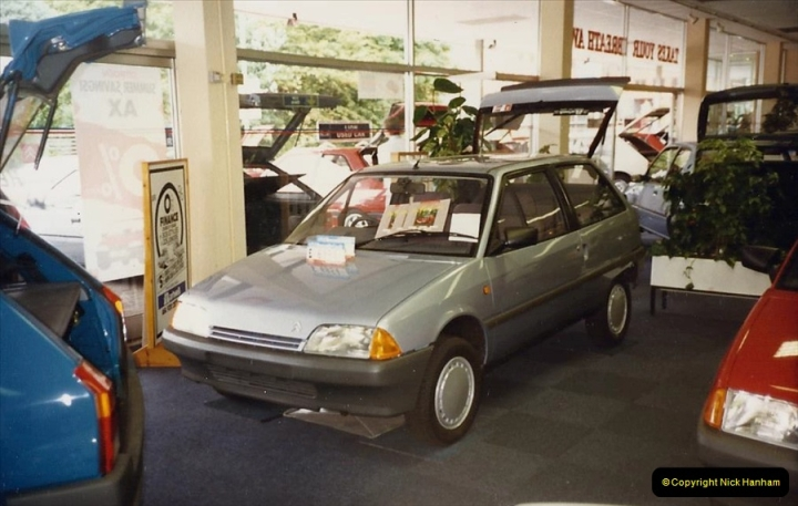 1988 A new car for your Host's Wife birthday. (1)601407