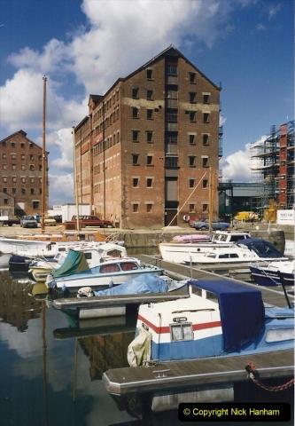 1988 National Waterways Museum. Gloucester Docks, Gloucestershire.(28) 734485
