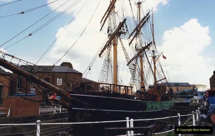 1988 National Waterways Museum. Gloucester Docks, Gloucestershire.(31) 737488