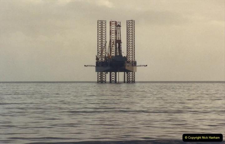 1988 Oil exploration in Poole Bay, Dorset. (8) 741492