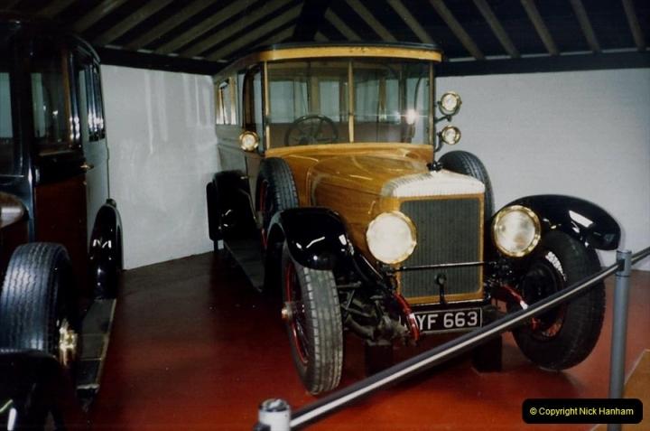 1988 Sandringham, Norfolk. The Royal Car collection. (44)681507