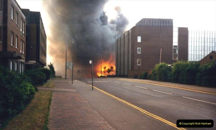 1988 The British Drug Houses fire Poole, Dorset. 21 June. (23)690526