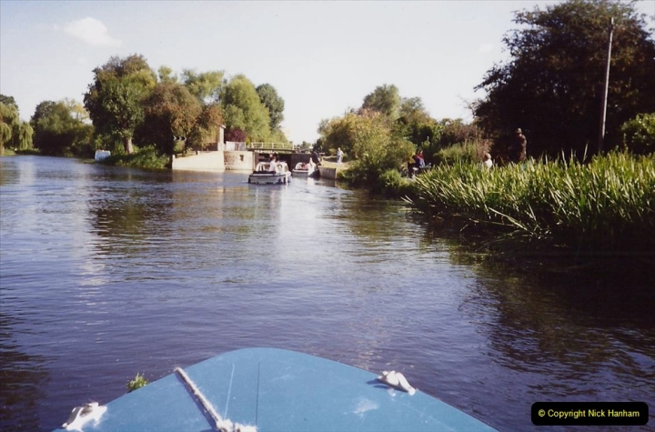 1989 A boat ride on the River Lee at Broxborne, Hertfordshire. (4)
