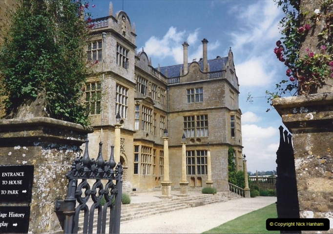 1989 Montacute House (NT) Somerset. (12) 570