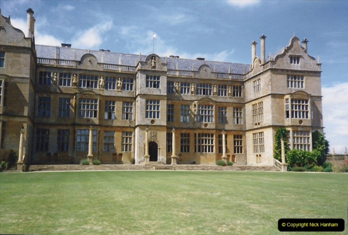 1989 Montacute House (NT) Somerset. (15) 573