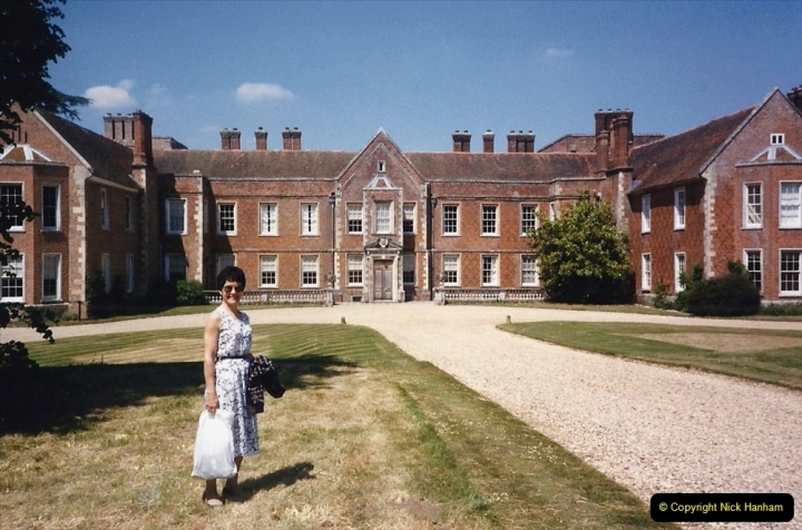 1990 Miscellaneous. (27) The Vyne (NT) near basingstoke Hampshire. Your Host's Wife. 0027