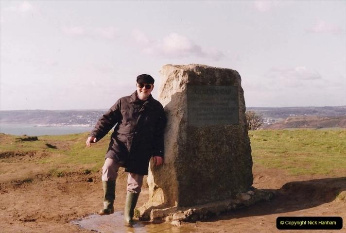 1992 Miscellaneous. (226) Golden Cap Hill on the Dorset Coast near Lyme Regis. Your Host at the top of GoldenCap.0228