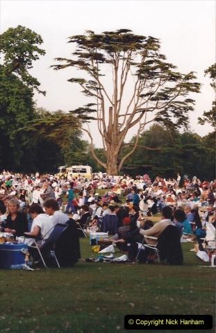 1992 Miscellaneous. (274) Humph & Helen outdoor consert at Kingston Lacy (NT) near Wimborne, Dorset. 0276
