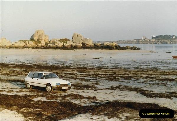 1983 North West France. (42) Brignogan Plage, North Coast. 042