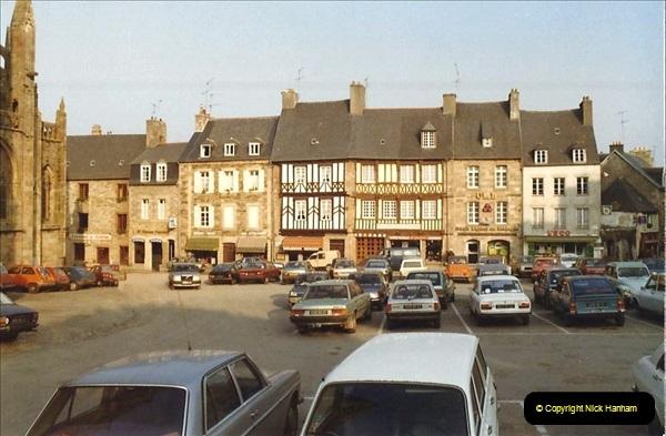 1983 North West France. (84) Treguier. 084