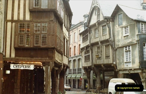 1983 North West France. (95) Dinan. 095