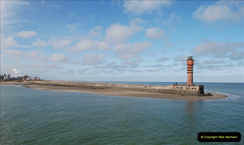 2019-04-23 to 24 Poole to Dunkirk, France. (63) Arriving at Dunkirk.063