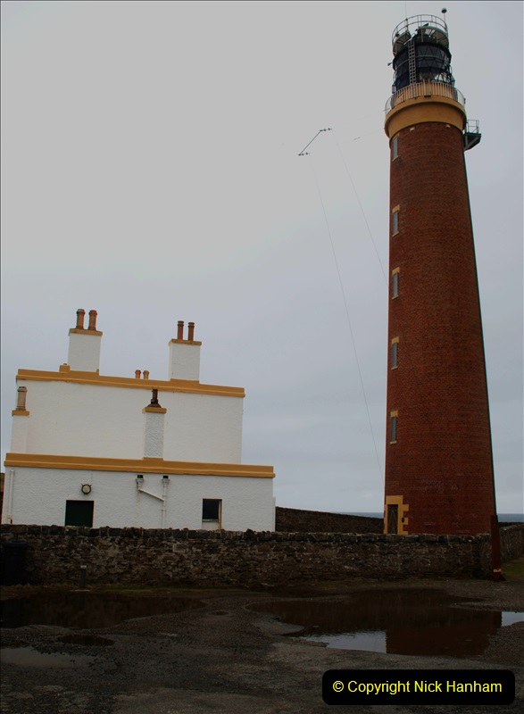 2019-03-29 Stornoway, Isle of Lewis. (73) At the But of Lewis Light House. 73