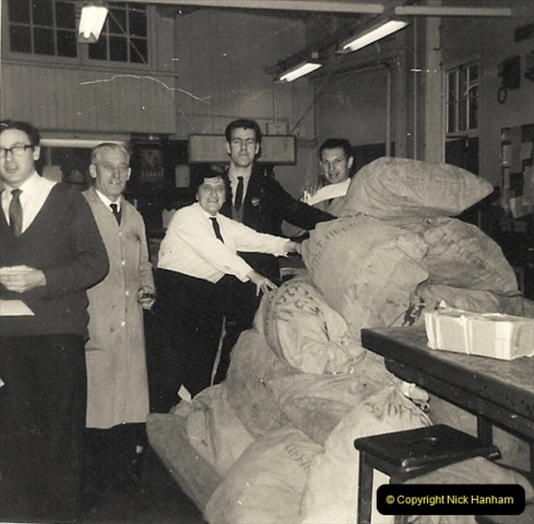 1959 to 2000 Rayal Mail mostly Bournemouth & Poole. Your Host & MANY good friends.  (21) 021