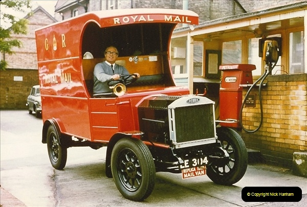 1959 to 2000 Rayal Mail mostly Bournemouth & Poole. Your Host & MANY good friends.  (23) 023
