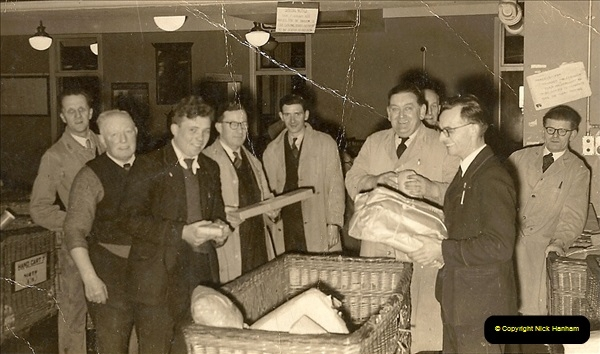 1959 to 2000 Rayal Mail mostly Bournemouth & Poole. Your Host & MANY good friends.  (6) 006