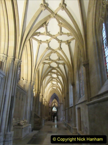 2019-09-16 Wells, Somerset. (30) Wells Cathedral. 030