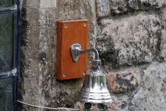 2019-09-16 Wells, Somerset. (60) Bishops Palace. The bell the swans used to ring to get food. 060