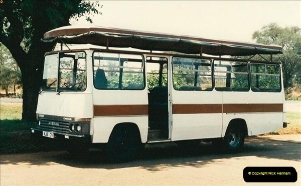 1998-10-29 Livingstone, Zambia.  (6)574