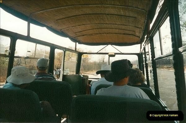 1998-10-29 Livingstone, Zambia.  (7)575