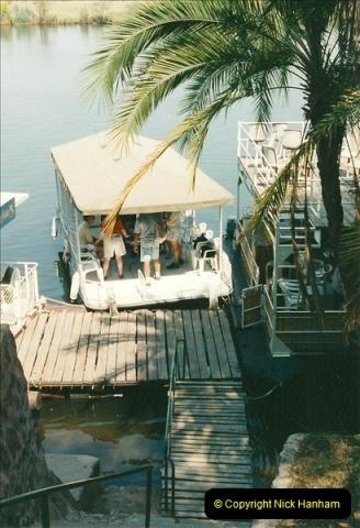 1998-10-31 to 02-11 Botswana Border and Chobe Game Park.  (2)577