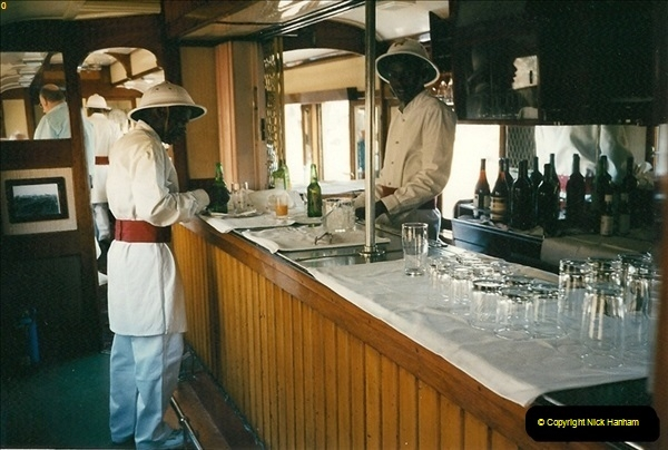 1998-11-03 Victoria Falls to Livingstone by Special Train (9)600