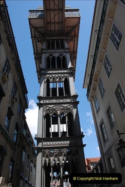 2008-05-09 Lisbon, Portugal.  (95)330