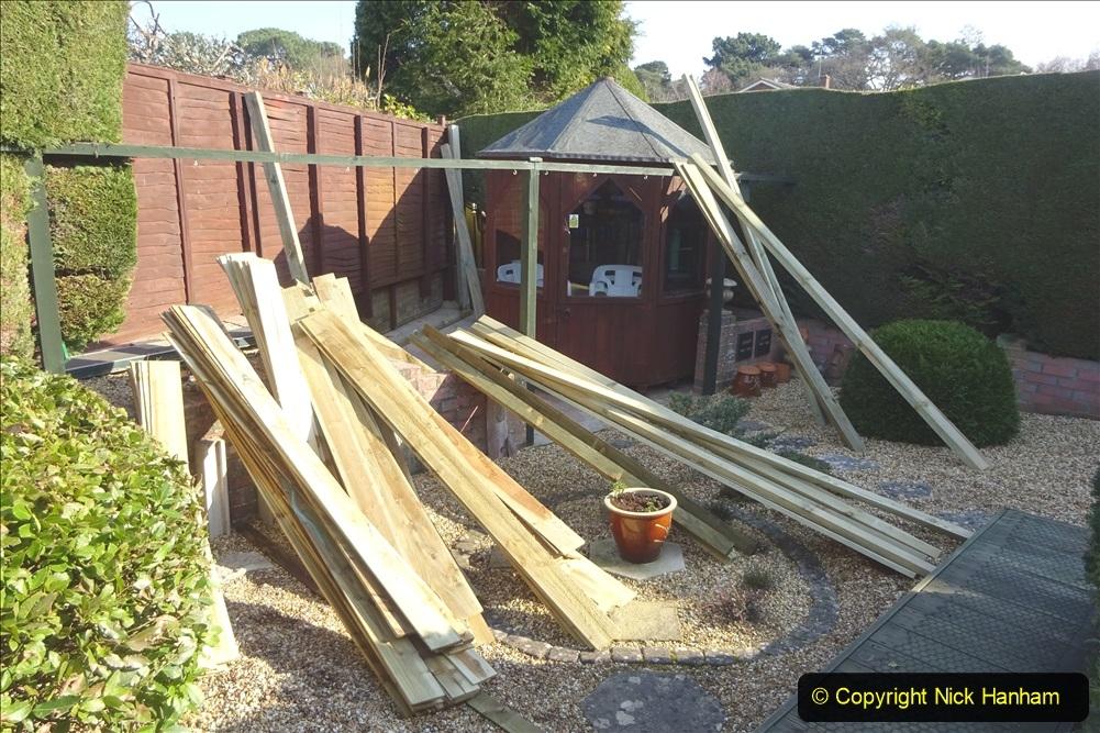 2021-03-06 New fencing for rear garden. Garden makeover. (70) 070