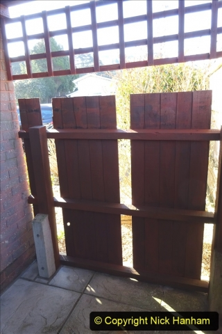 2021-02-27 New side gate for waste bins. Garden makeover. (21) 021