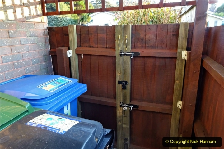 2021-02-27 New side gate for waste bins. Garden makeover. (33) 033